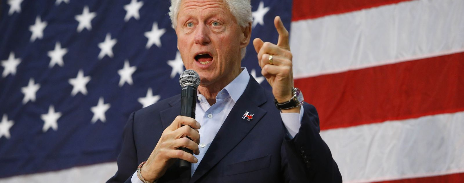 an introduction to the political history of president bill clinton in the united states
