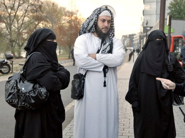 how to date muslim guy